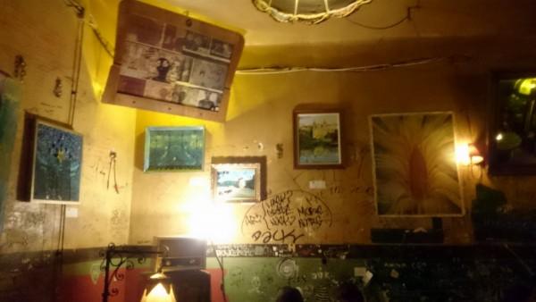 Szimpla Bar - крутейший ruined бар Будапешта