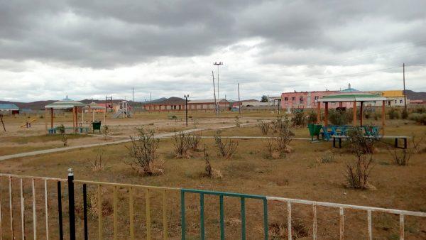 Заброшеная детская площадка. Такие встречаются почти в каждом райцентре